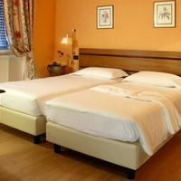 Relais 6 Via Tolmino Guestroom