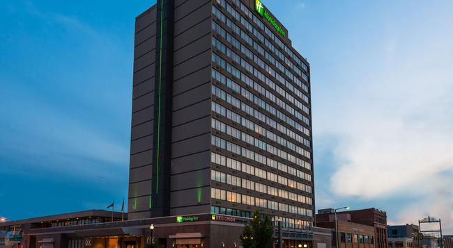 Holiday Inn Lincoln-Downtown - Lincoln - 建築