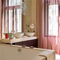 Buddha-Bar Hotel Budapest Klotild Palace Guest room