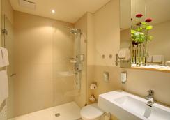 安科納里英格斯87號柏林酒店 - 柏林 - 浴室