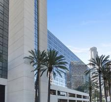 L.A. 格蘭德市中心飯店