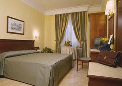 索尼亞酒店 - 羅馬 - 臥室