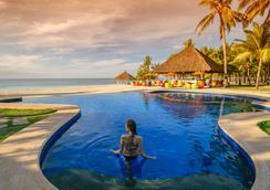 梢帕姆邦勞度假酒店 - Panglao - 游泳池