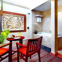 Best Western Kuta Villa Outside Bathroom