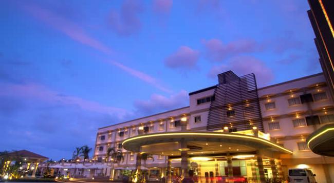 Hotel Centro - Puerto Princesa - 建築