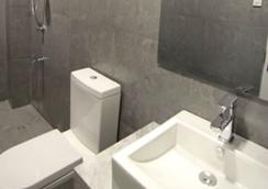 Z帕德酒店 - Tacloban City - 浴室