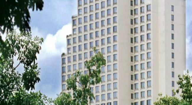 Century Park Hotel - 曼谷 - 建築