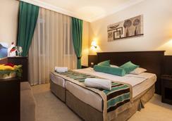 Kleopatra Royal Palm Hotel - 阿拉尼亞 - 臥室