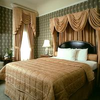 Hotel Majestic Guestroom