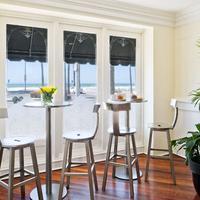 Newport Beach Hotel, A Four Sisters Inn Guest room