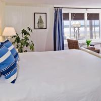 Newport Beach Hotel, A Four Sisters Inn Guestroom