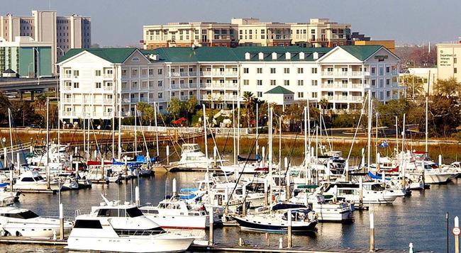 Courtyard by Marriott Charleston Waterfront - 查爾斯頓 - 建築
