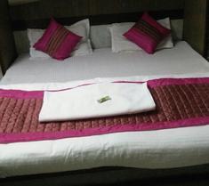Hotel Yes Boss