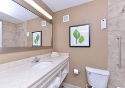 溫德姆花園什里夫波特酒店 - 什里夫波特 - 浴室
