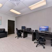 Wyndham Garden Shreveport South Business Center
