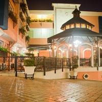 Platino Hotel & Casino Hotel Front
