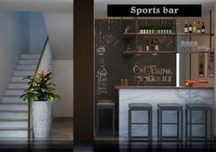 美奈體育酒店 - Phan Thiet - 酒吧