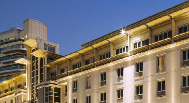Movenpick Hotel & Apartments Bur Dubai - 杜拜 - 建築
