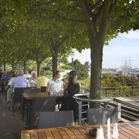 Hotel Hafen Hamburg Terrace/Patio