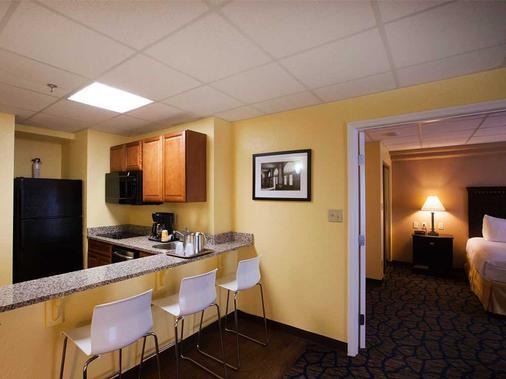 坦帕巴里摩爾酒店 - 坦帕 - 廚房