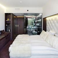 Hotel Riverton Guestroom