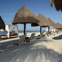 Privilege Aluxes Beach