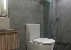 美蘇伊武吉免登酒店 - 吉隆坡 - 浴室