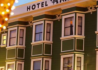 Hotel Boheme