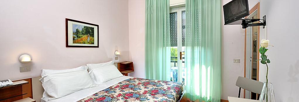 Hotel Miramare Et De La Ville - 里米尼 - 臥室