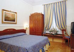帕拉蒂姆宮酒店 - 羅馬 - 臥室