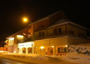 蒙塔波爾酒店