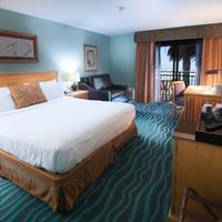 Ocean Park Inn Guestroom