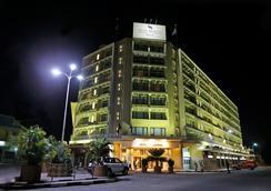 Hotel Memling - Kinshasa - 室外景