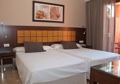 Holiday World Premium Resort - Benalmádena - 臥室