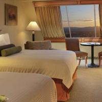 Luxor Hotel and Casino Guestroom