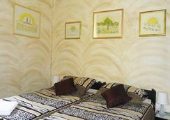 卡納維拉酒廊青年旅社 - 里耶卡 - 臥室