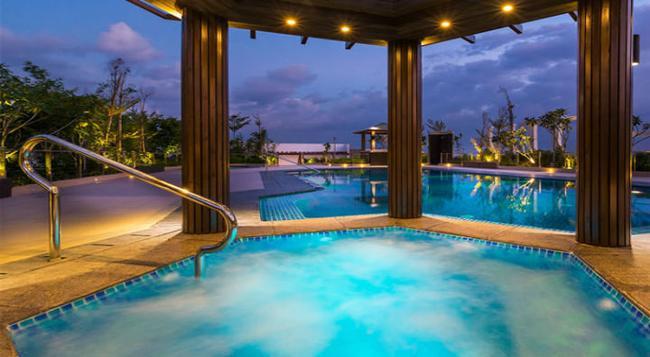 Belmont Hotel Manila - Pasay - 游泳池