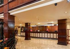 馬尼拉灣景園酒店 - 馬尼拉 - 大廳