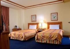 馬尼拉灣景園酒店 - 馬尼拉 - 臥室