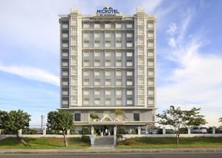 亞洲購物中心溫德姆麥克羅特酒店