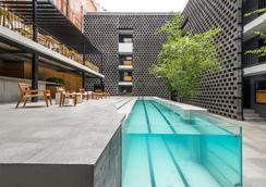 卡洛塔酒店 - 墨西哥城 - 游泳池