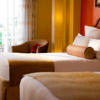 Renaissance Charleston Historic District Hotel Guest room