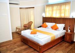 Varkala Beach Resort - Varkala - 臥室