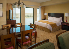 薩凡納河畔萬豪酒店 - 薩凡納 - 臥室