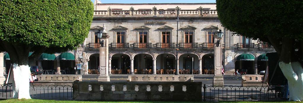 Hotel Casino Morelia - 莫雷利亞 - 建築