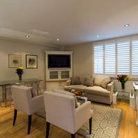 Nell Gwynn House Guestroom
