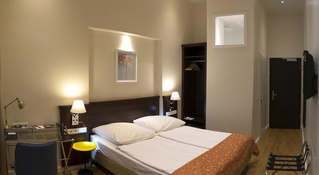 Rewari Hotel Berlin - 柏林 - 臥室