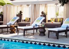 日落侯爵酒店 - West Hollywood - 游泳池