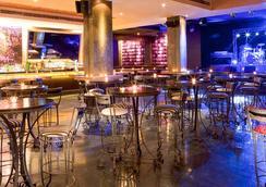 迪拜塔大華飯店 - 杜拜 - 酒吧