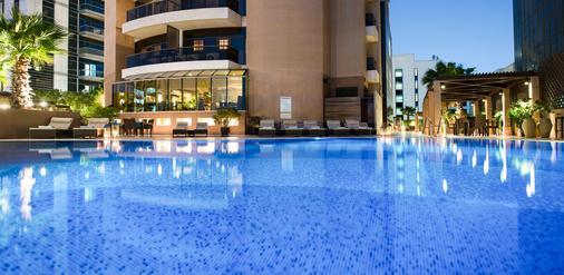 迪拜塔大華飯店 - 杜拜 - 游泳池